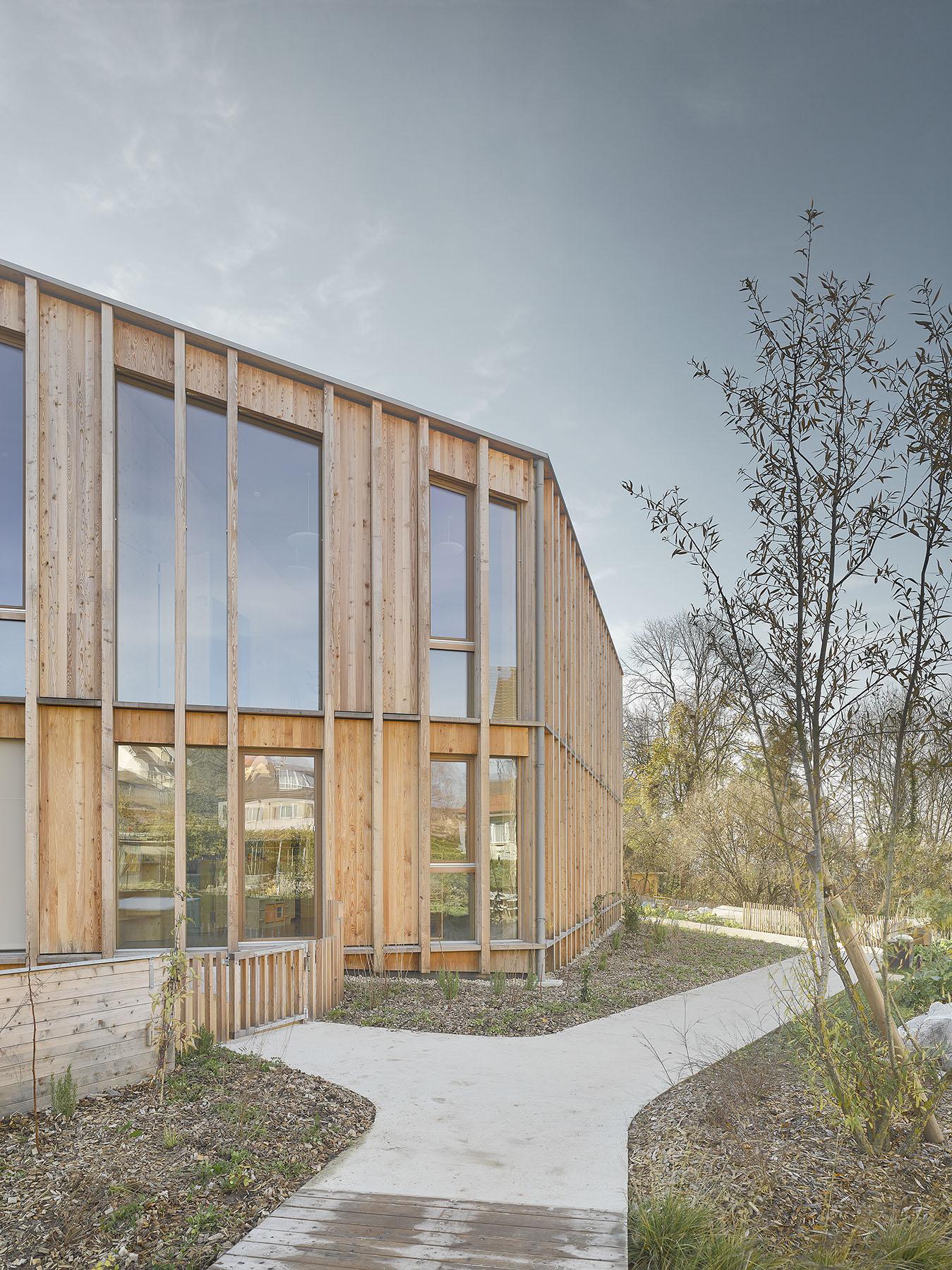 Nouvelle crèche et transformation d'un rural – Atelier Pulver Architectes