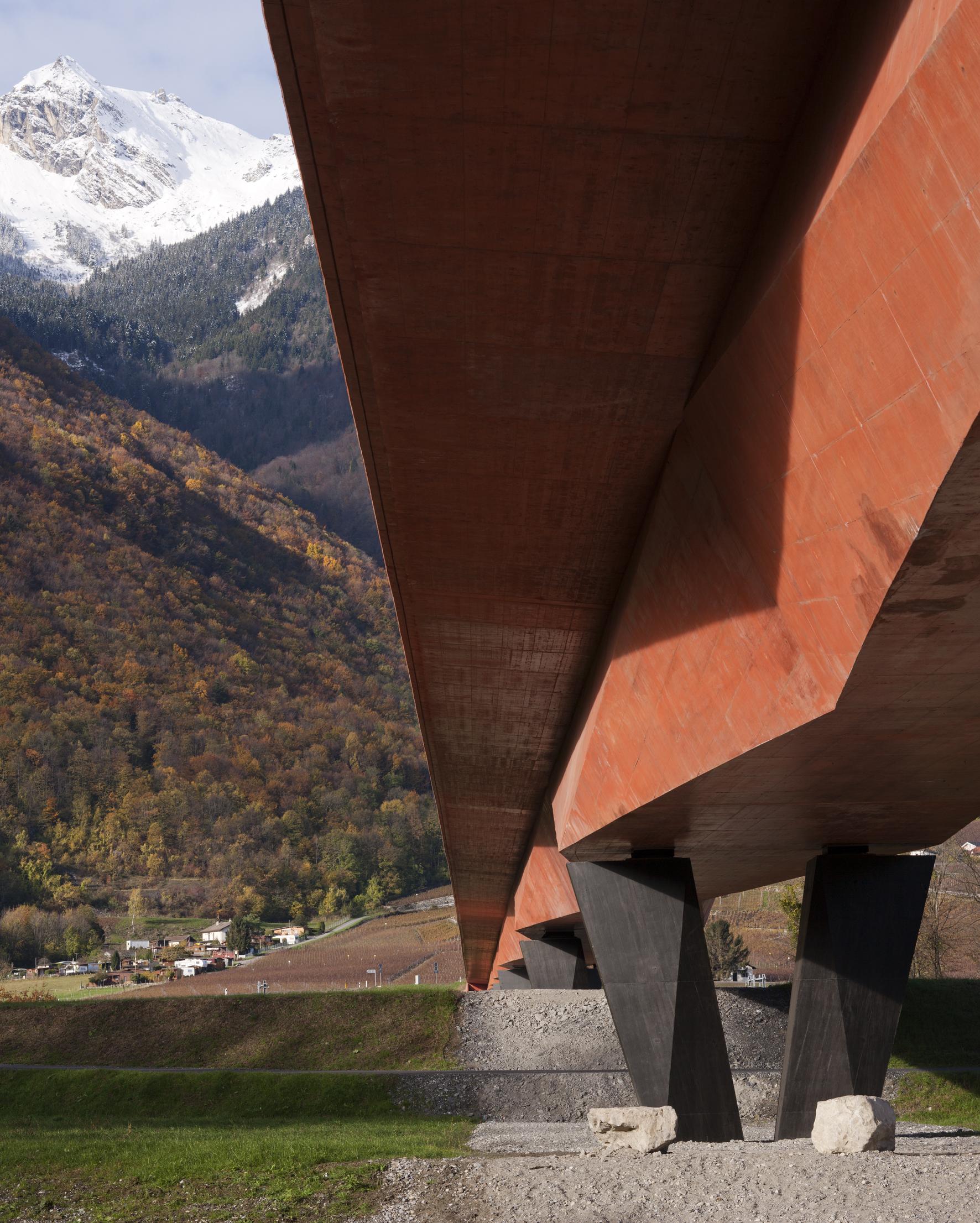Pont sur le Rhônemeier + associés